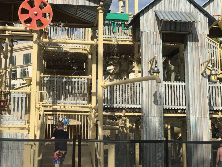 gaylord splash tower Orlando Waterpark